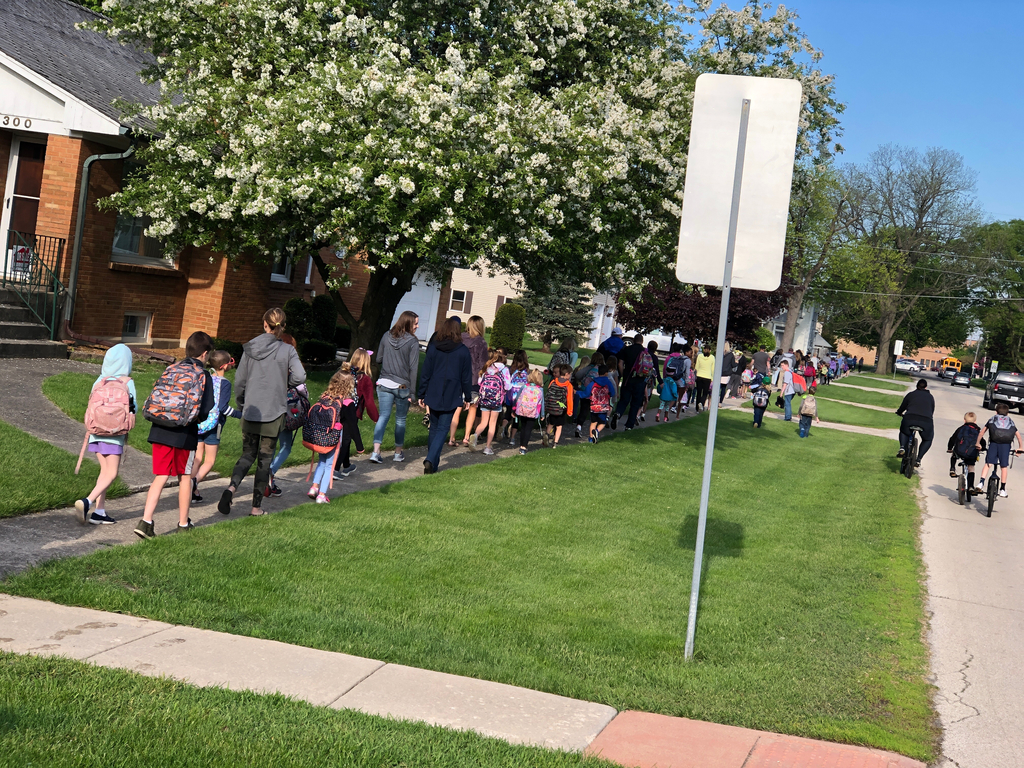 What a great morning for Walk to School Day!  Thanks to everyone that joined in.